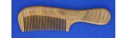 Vera wood combs